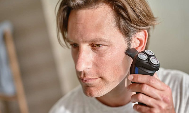 Philips Norelco Electric Shaver 2100 Review