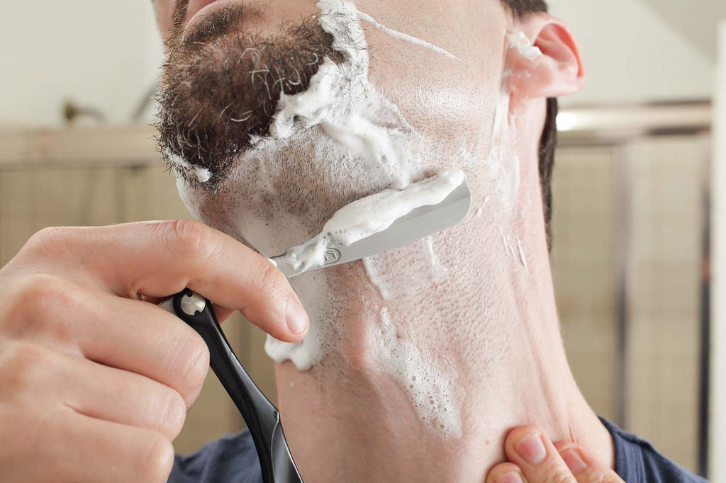 How To Shave Properly: Simple But Effective Shaving Tips For Men
